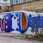 Bizarre children's landscape park in Kiev