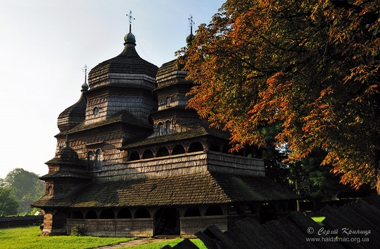 Wooden church of Drohobych, Ukraine view 4