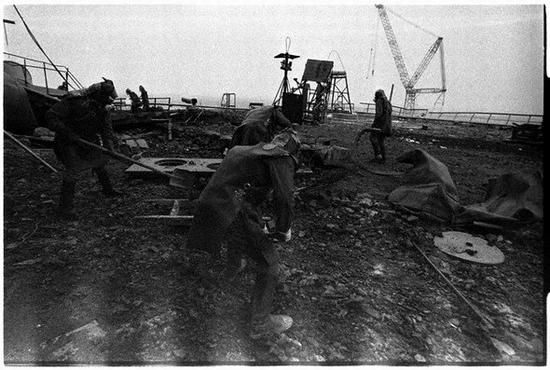Fighting Chernobyl disaster 3