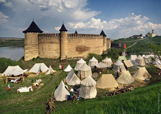Battle of the Nations festival, Khotyn, Ukraine view 7