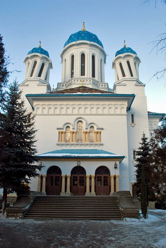 Nikolaevskaya church, Chernovtsy, Ukraine view 2