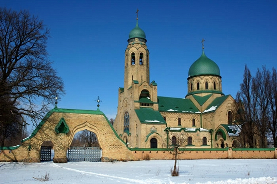 Parkhomovka church, Kiev oblast, Ukraine view 1