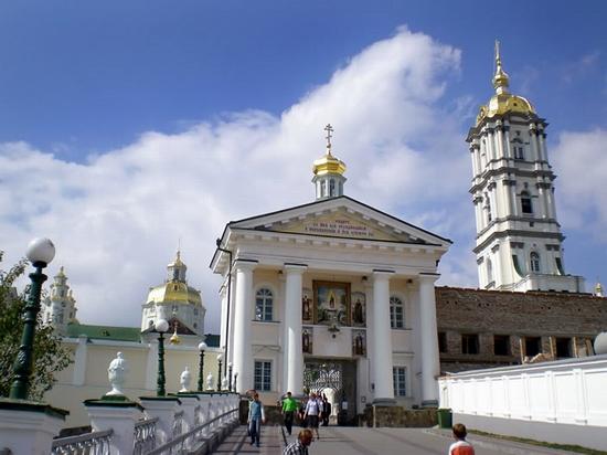 Holy Dormition Pochaev Lavra, Ukraine view 10