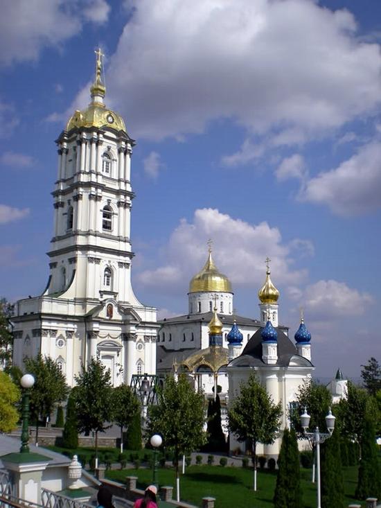 Holy Dormition Pochaev Lavra, Ukraine view 4