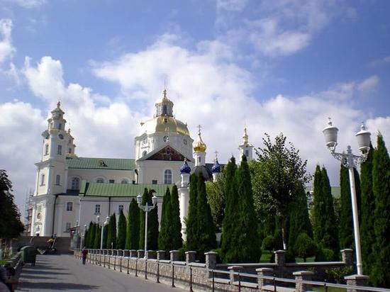 Holy Dormition Pochaev Lavra, Ukraine view 6
