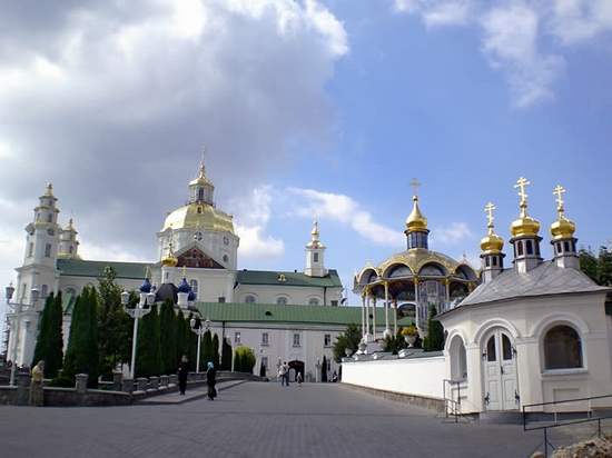 Holy Dormition Pochaev Lavra, Ukraine view 7