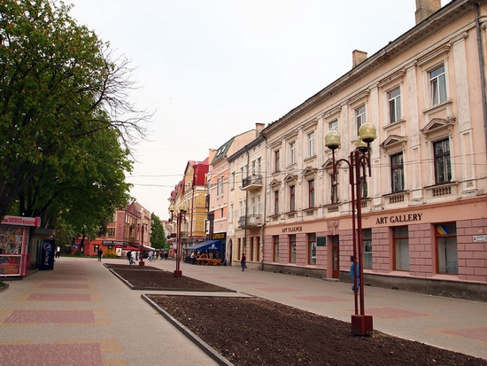 Beautiful Ternopil, Ukraine view 8