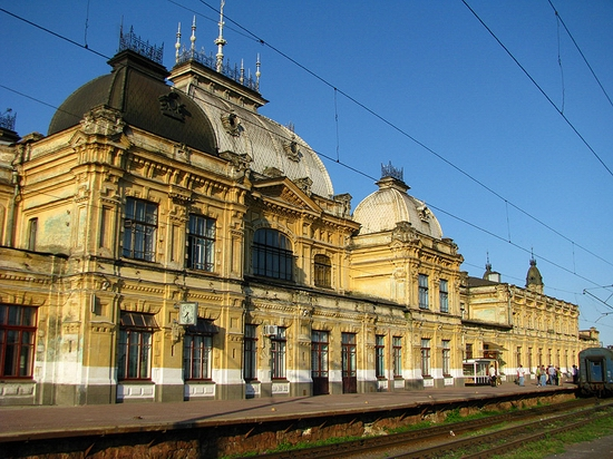 Zhmerinka railway station, Ukraine view 4