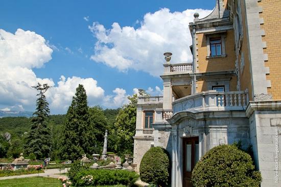 Massandra Palace, Yalta, Crimea view 10