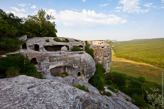 Eski-Kermen - medieval underground fortress-city view 16