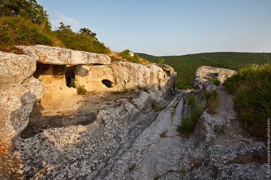 Eski-Kermen - medieval underground fortress-city view 17