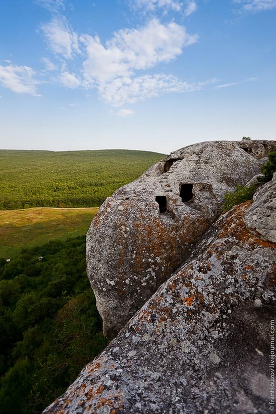 Eski-Kermen - medieval underground fortress-city view 9