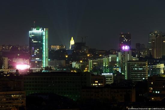 Kiev night time view 8
