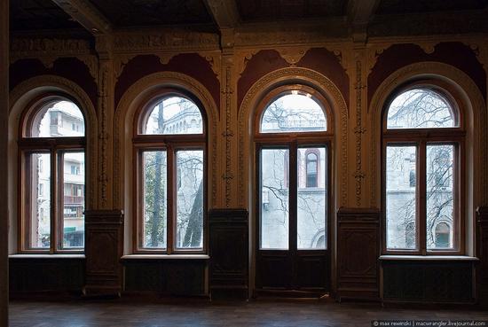 The Chocolate House, Kiev, Ukraine view 8