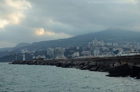 Early spring in Yalta, Ukraine view 12