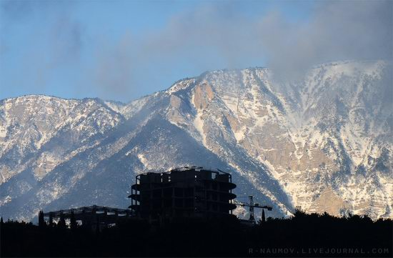 Early spring in Yalta, Ukraine view 15