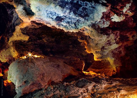 Gorgeous underground universe of Mlynki cave, Ukraine view 1