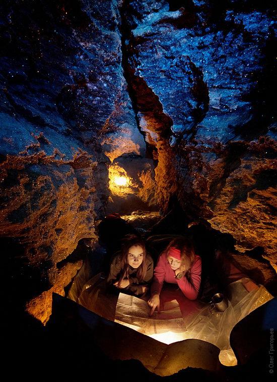 Gorgeous underground universe of Mlynki cave, Ukraine view 12