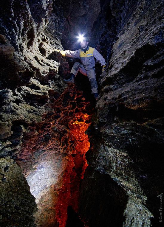 Gorgeous underground universe of Mlynki cave, Ukraine view 15