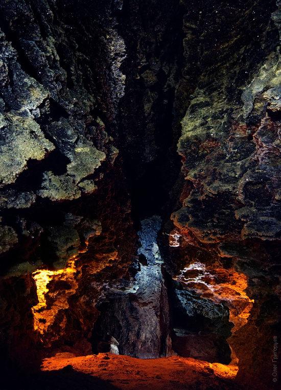 Gorgeous underground universe of Mlynki cave, Ukraine view 17