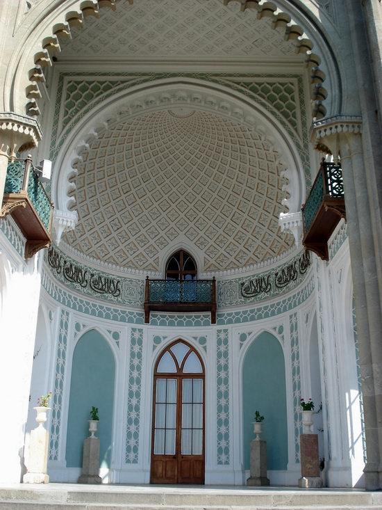 Vorontsov Palace, Alupka, Crimea, Ukraine view 5