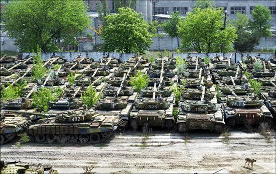 Kharkov tank repair plant, Ukraine view 18