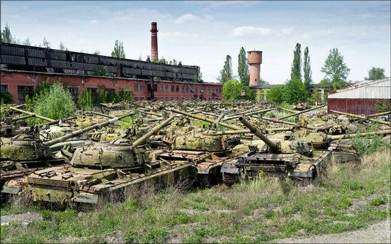 Kharkov tank repair plant, Ukraine view 9