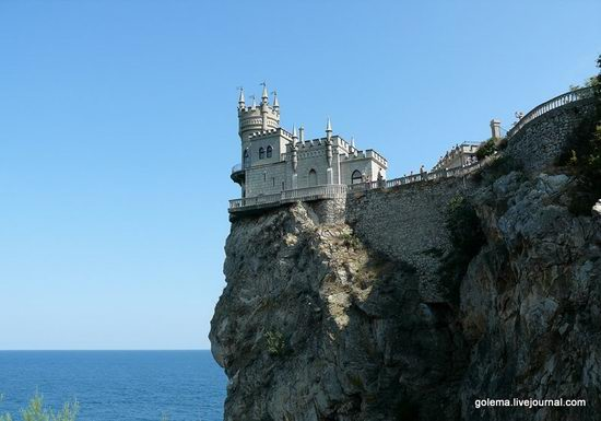 Swallow's Nest castle, Crimea, Ukraine photo 6