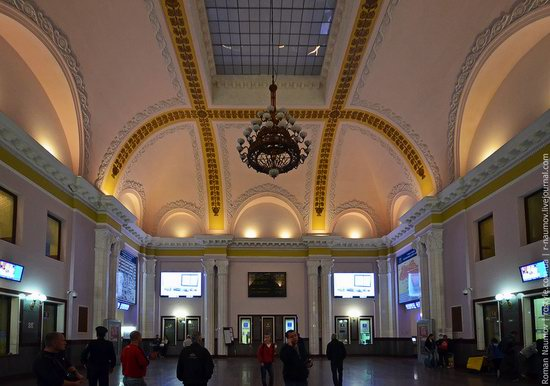 Lviv railway station, Ukraine photo 2