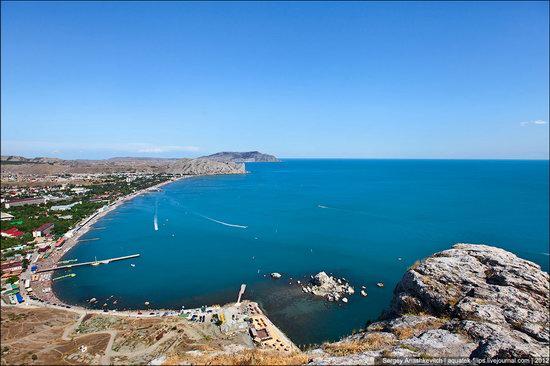 Picturesque landscapes of Crimea, Ukraine photo 11