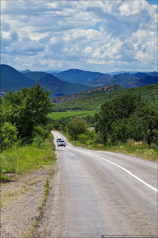 Picturesque landscapes of Crimea, Ukraine photo 16