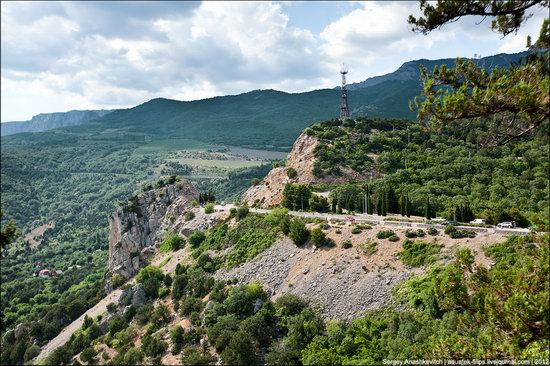 Picturesque landscapes of Crimea, Ukraine photo 3