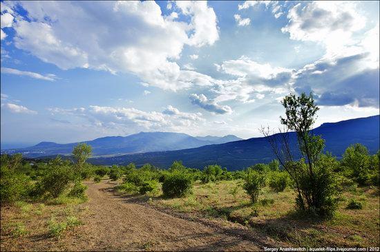 Picturesque landscapes of Crimea, Ukraine photo 6