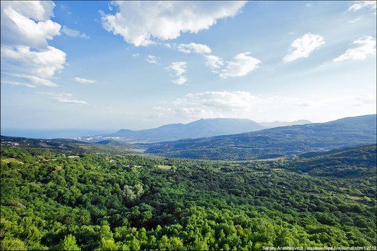 Picturesque landscapes of Crimea, Ukraine photo 8