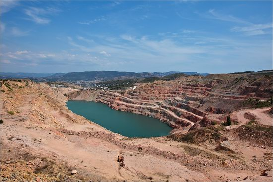 Picturesque abandoned quarry near Sevastopol, Crimea, Ukraine photo 1