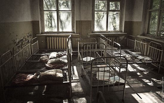 Abandoned kindergarten in the Chernobyl zone, Ukraine photo 8