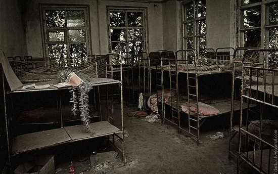 Abandoned kindergarten in the Chernobyl zone, Ukraine photo 9
