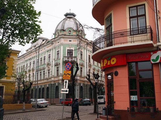 Chernovtsy city, Ukraine photo 10