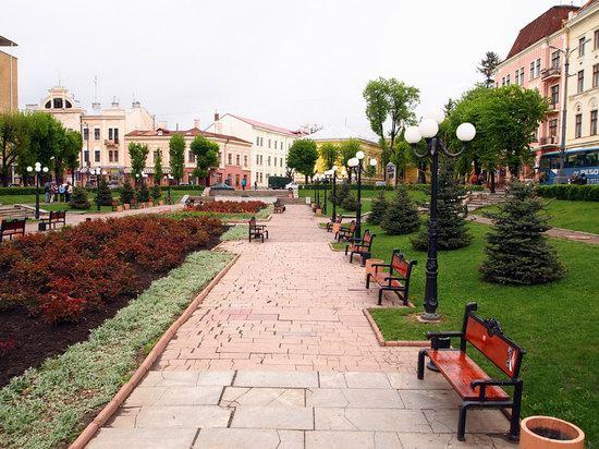 Chernovtsy city, Ukraine photo 11