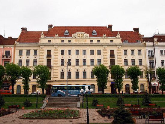 Chernovtsy city, Ukraine photo 12