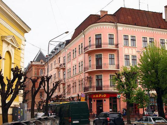 Chernovtsy city, Ukraine photo 15