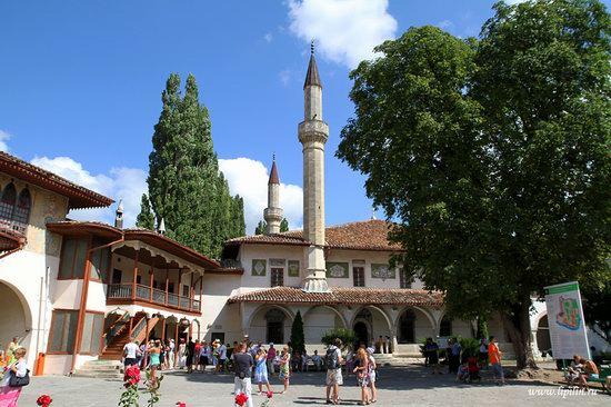 Khan's Palace, Bakhchisaray, Crimea, Ukraine photo 1