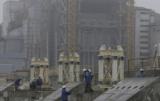 Chernobyl nuclear power station new sarcophagus, Ukraine photo 5