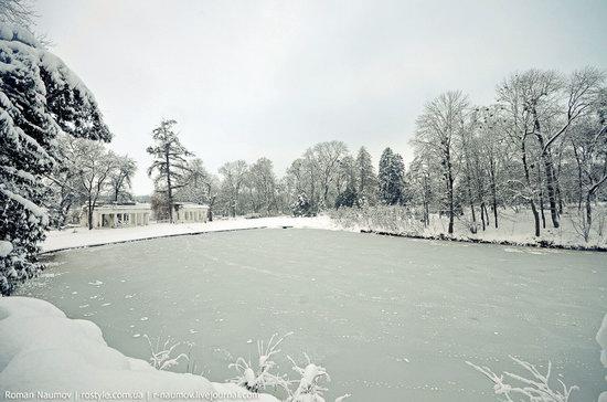 Snowy Alexandria park, Bila Tserkva, Ukraine photo 3