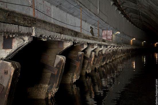 base submarina subterrânea em Balaklava, Crimeia, Ucrânia Photo 4