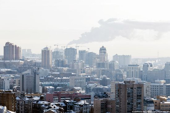 Kiev, capital of Ukraine, after snowfall photo 10