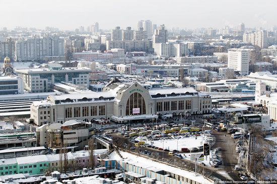 Kiev, capital of Ukraine, after snowfall photo 13