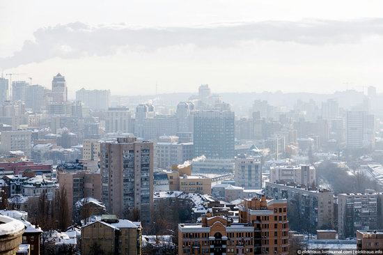 Kiev, capital of Ukraine, after snowfall photo 2