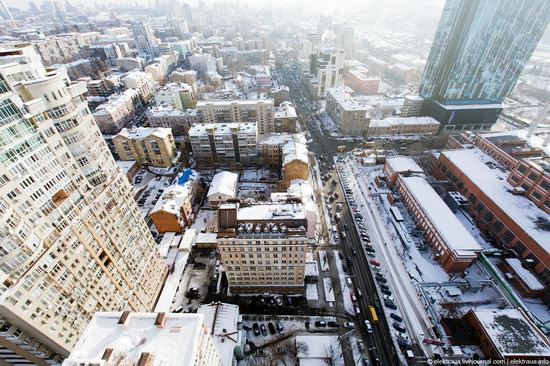 Kiev, capital of Ukraine, after snowfall photo 21