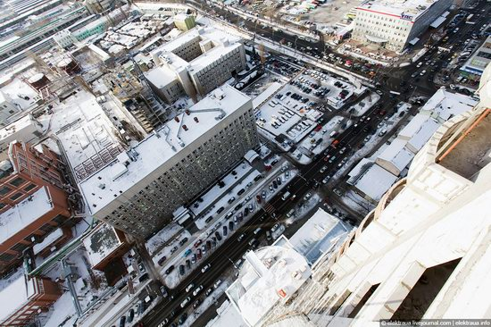 Kiev, capital of Ukraine, after snowfall photo 23